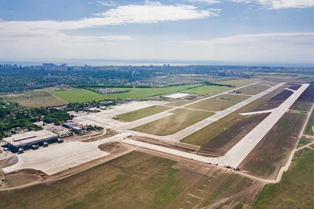 Пасажиропоток аэропорта Одесса немного вырос